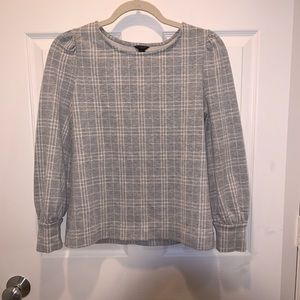 Ann Taylor plaid long sleeve cotton top